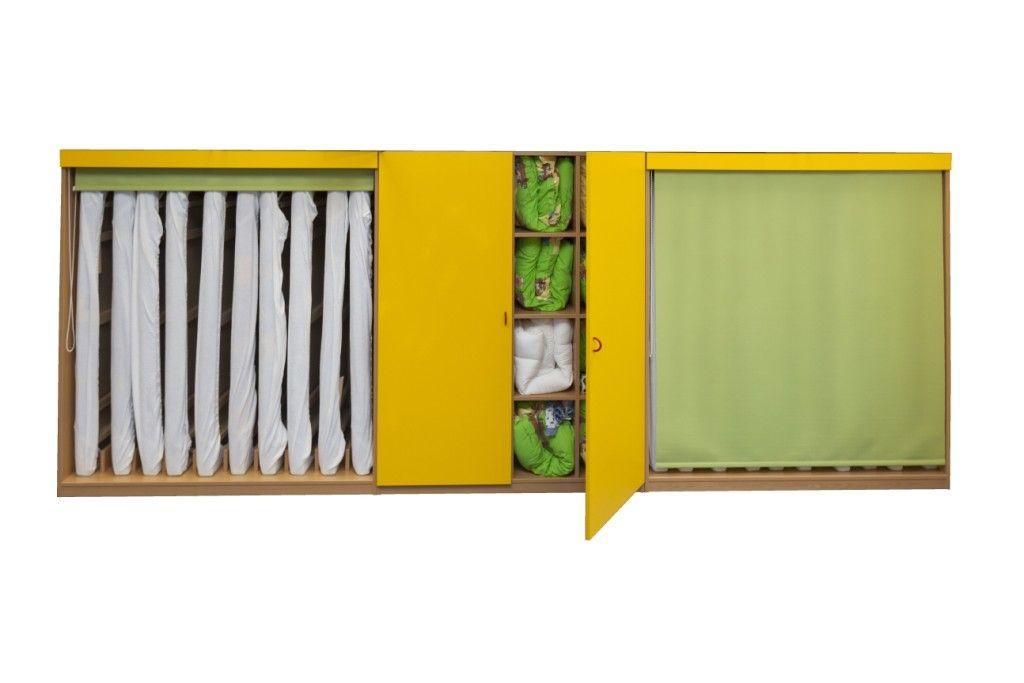 Sestava skříní na lůžkoviny a matrace pro 16 dětí