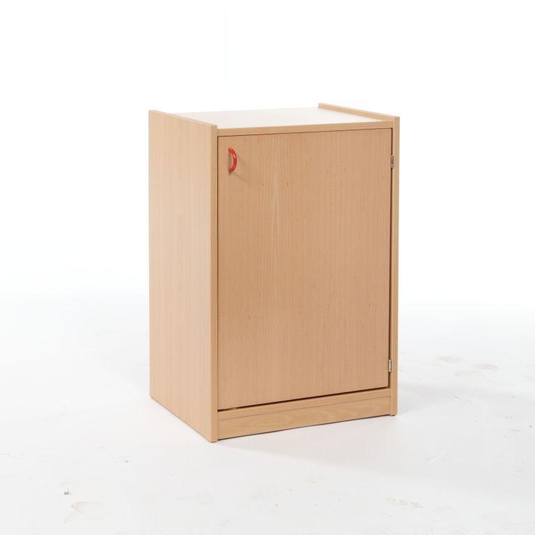 Skříňka jednodveřová se 2 vloženými policemi