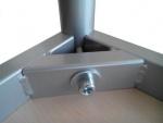 Stůl 80 x 80 cm / kovová podnož, umakart
